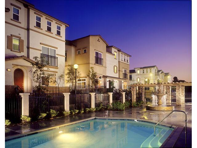 Tustin Cottages Apartments photo #1