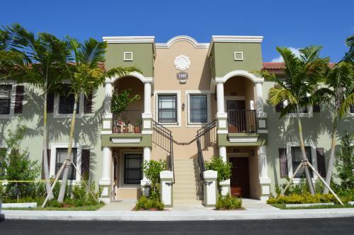 Venice At Crystal Lakes Apartments Homestead Fl Walk Score