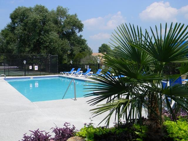 Lakes Of Greenbrier Apartments photo #1