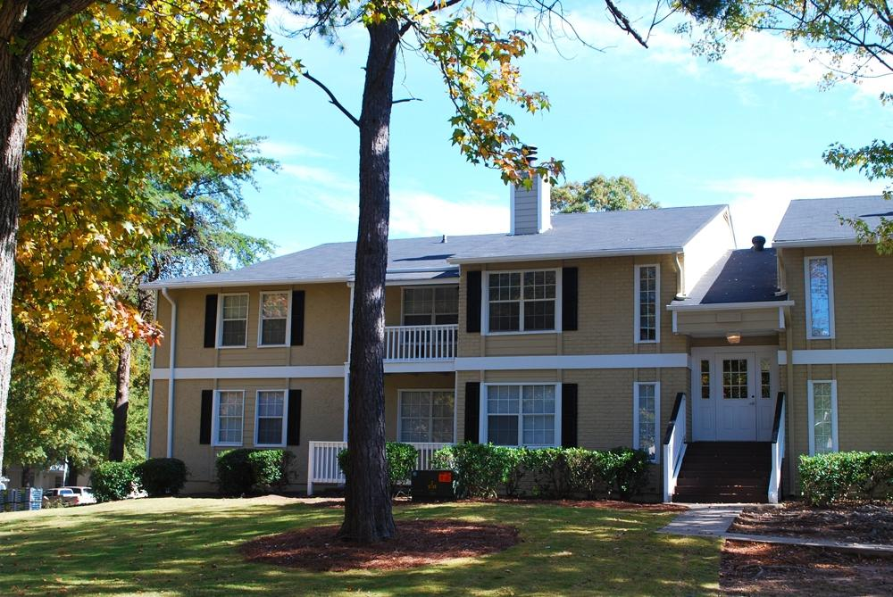 301 moved permanently for 1 bedroom apartments in marietta ga