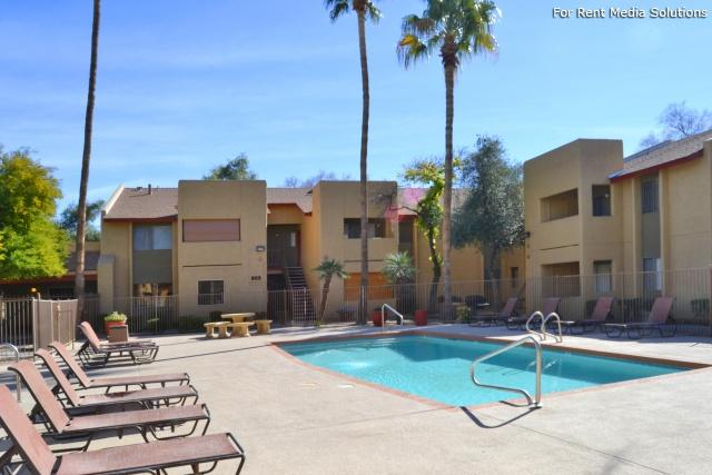 Country Gables Apartments photo #1