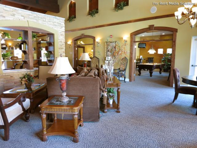 Sierra Oaks Apartments photo #1