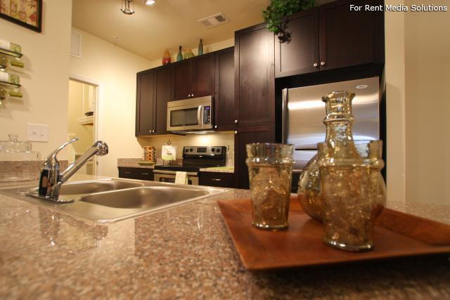 Phillips Swift Creek Apartments photo #1
