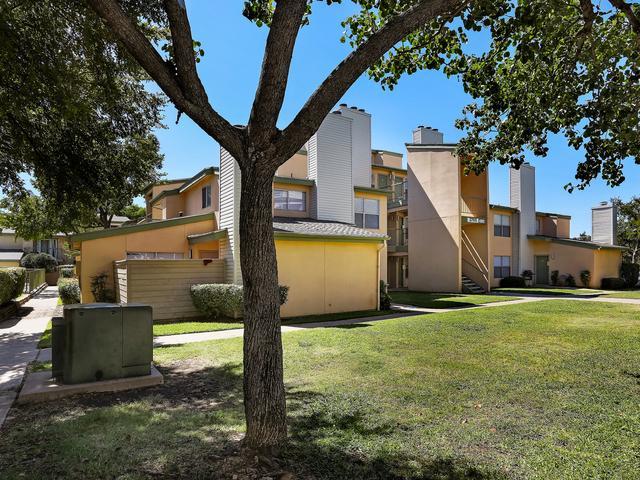 Pine Ridge Apartments photo #1