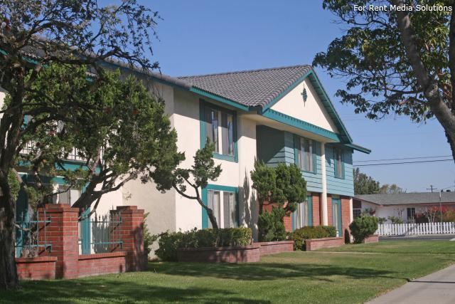 Lampson Village Apartments Garden Grove Ca Walk Score