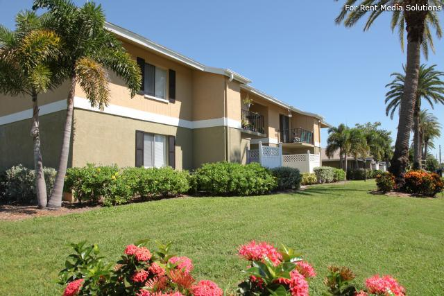 Lakeside Village Apartments St Petersburg Fl