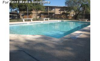 4015 Callaghan Rd San Antonio TX 78228 photo #1
