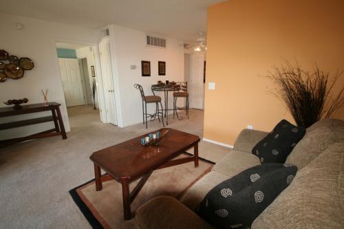 bedroom 1 bath apartment apartments