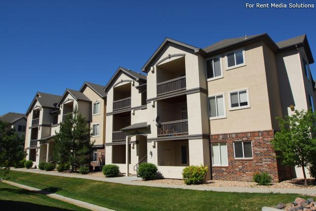 2 Bedroom Apartments In Denver Colorado From 1 000 For A One Bedroom To A 1 500 Two Bedroom Apartments