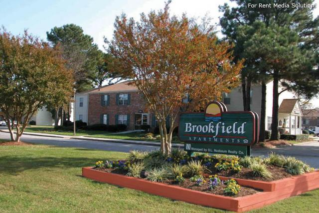 Brookfield Apartments photo #1