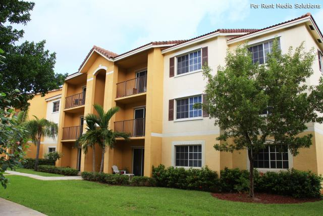 Eagle Pointe Apartments Pompano Beach