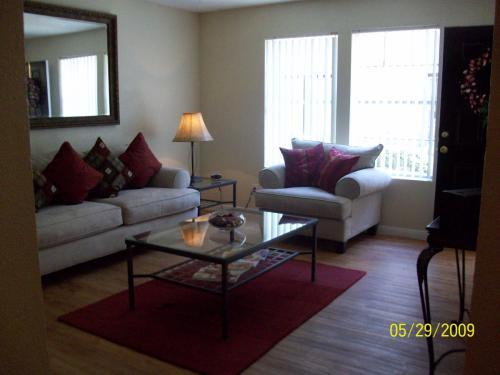2 or 3 Bd Townhomes 77502 Apartments photo #1