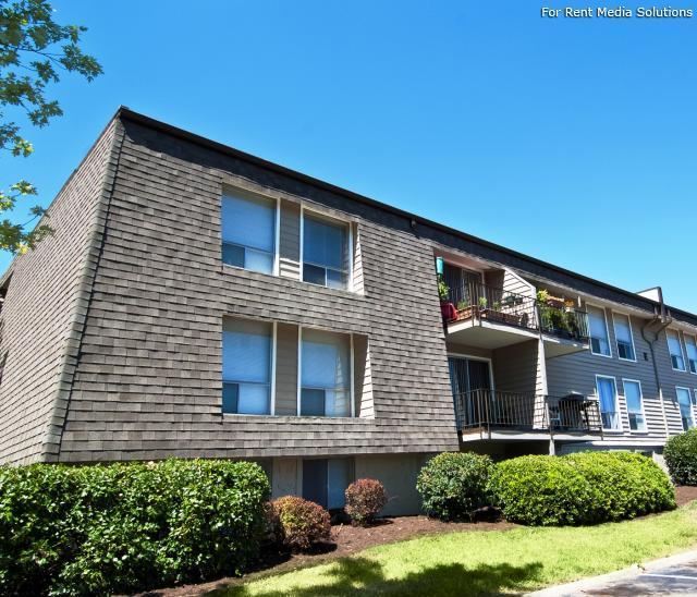 Oak Ridge Apartments: Tara Hills Apartments, Oak Ridge TN