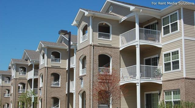 Village Park Apartment Homes Apartments, Waukegan IL