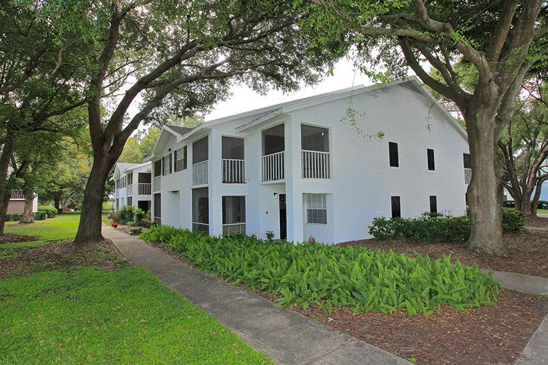 Valencia Plantation Apartments photo #2