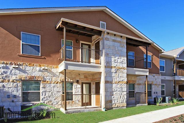 Mission hill apartments new braunfels tx walk score for Apartments in new braunfels tx