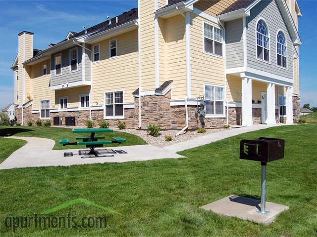 regency hill apartments amp townhomes woodbury mn   walk score