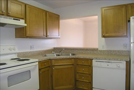 Auvers Village Apartments photo #2