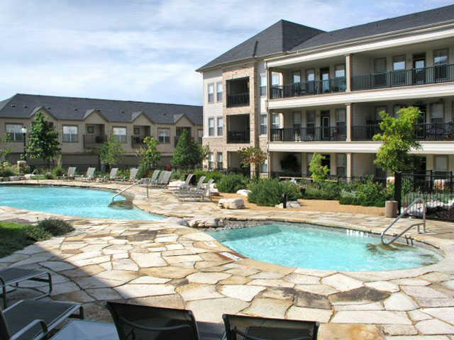 Thousand Oaks Apartments Austin Ranch
