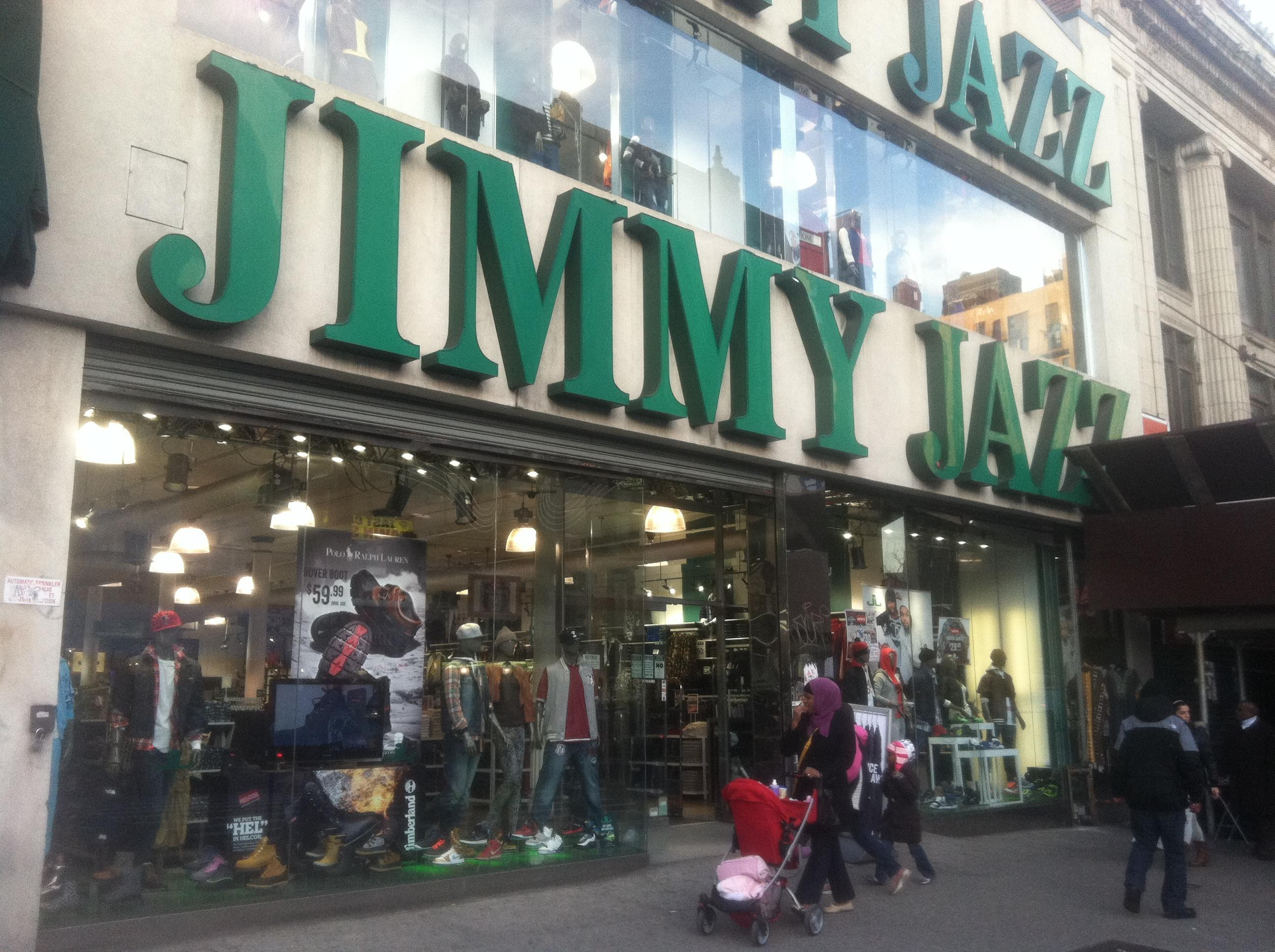 Clothing stores in harlem