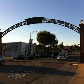 Photo of Laurel District Arc in Redwood Heights