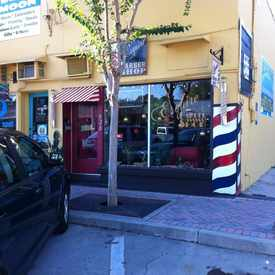 Photo of Esquire Barber Shop in Murray Hill