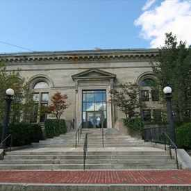 Photo of Robbins Library