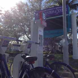 Photo of B-cycle: 17th St at Convention Center in Harbordale