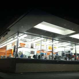 Photo of Dick's Drive-In in Victory Heights