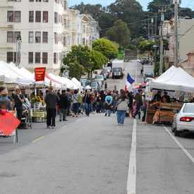 Photo of Divisadero Farmers Market in Lower Pacific Heights