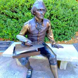 Photo of Decatur Square - Thomas Jefferson Sculpture