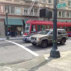 Photo of Portland Streetcar in Goose Hollow