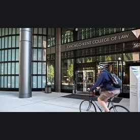 Photo of Chicago-Kent College of Law in West Loop Gate