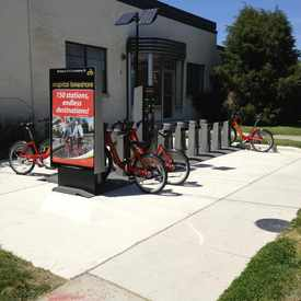 Photo of Capital Bikeshare: Henry St & Pendleton St in Braddock Road Metro