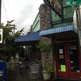 Photo of the Alameda Cafe in Cully