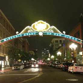 Photo of Fifth Avenue at L Street in Gaslamp Quarter