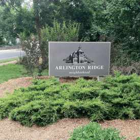 Photo of Arlington Ridge Sign in Arlington Ridge