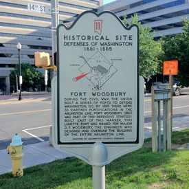 Photo of Fort Woodbury Historical Sign in Clarendon-Courthouse