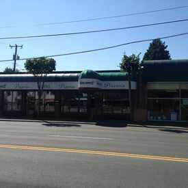 Photo of Varlamos Pizzeria in Laurelhurst