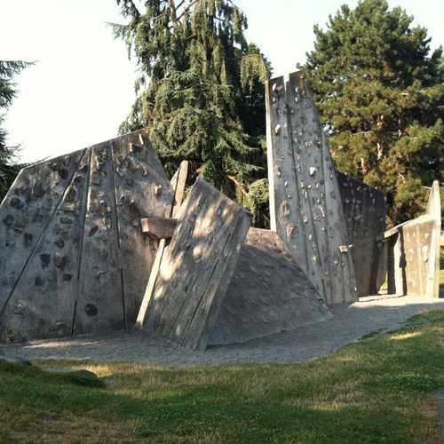 photo of Rock Climbing Practice Facility at 3900 Montlake Blvd NE Seattle WA 98105