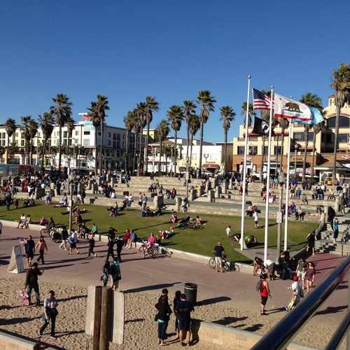 Huntington Pointe Apartments: 1 Main Street, Huntington Beach CA