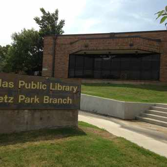 Photo of Fretz Park Branch Library in Far North, Dallas