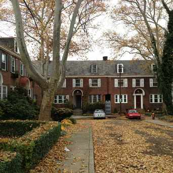 Photo of Roslyn Place in Shadyside, Pittsburgh