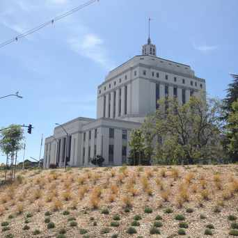 Photo of Alameda County Court House in Civic Center, Oakland