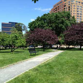 Photo of Oakland Park in Ballston-Virginia Square, Arlington