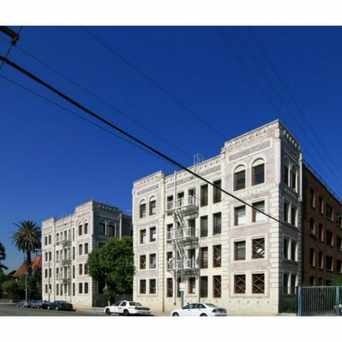 Photo of 2121 James M Wood Blvd in Pico-Union, Los Angeles