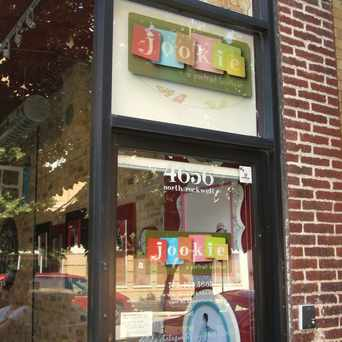 Photo of jookie, a portrait boutique in Ravenswood, Chicago