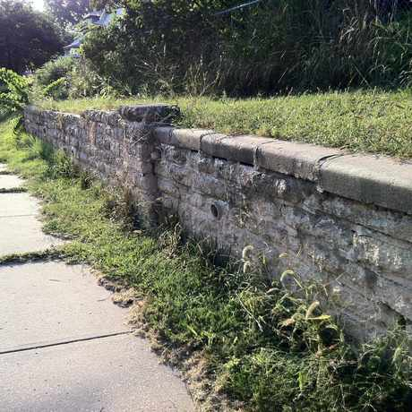 Photo of Stone Walls in Central Business District - Downtown, Kansas City
