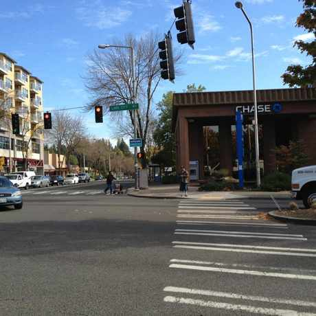 Photo of Lake City Intersection in Cedar Park, Seattle