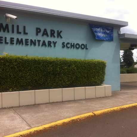 Photo of Mill Park Elementary School in Mill Park, Portland